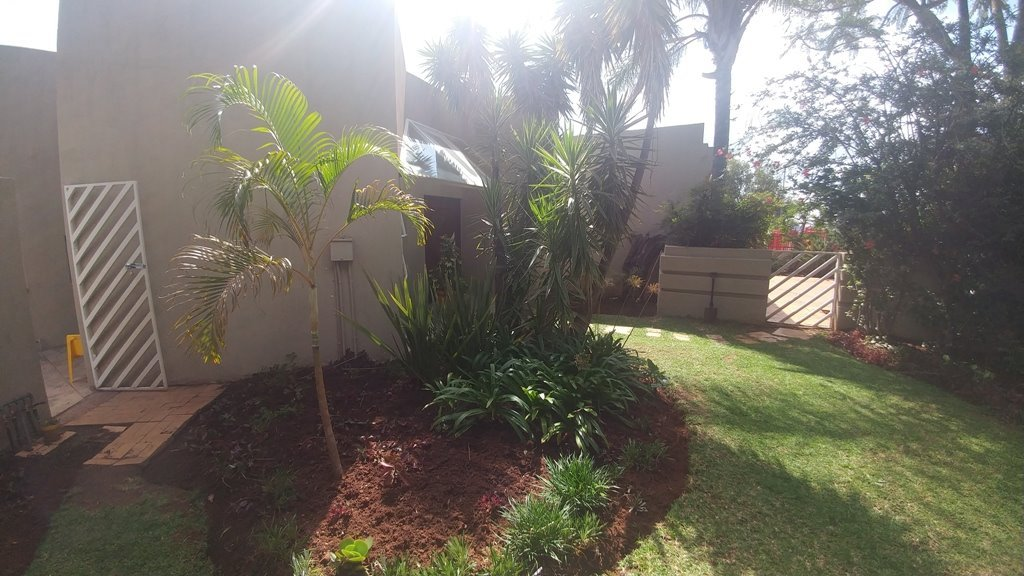 Property and Houses for sale in Theresapark, House, 3 Bedrooms - ZAR 1,507,000
