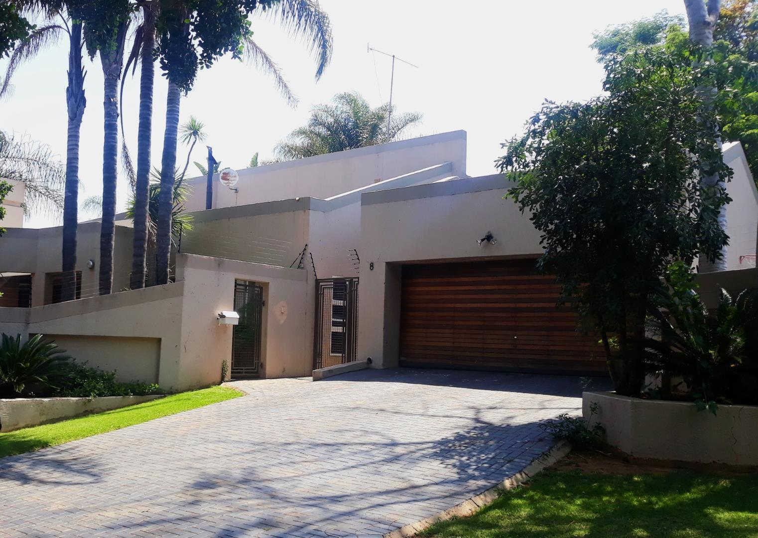 Property and Houses for sale in Gauteng, Apartment, 3 Bedrooms - ZAR 1,799,000