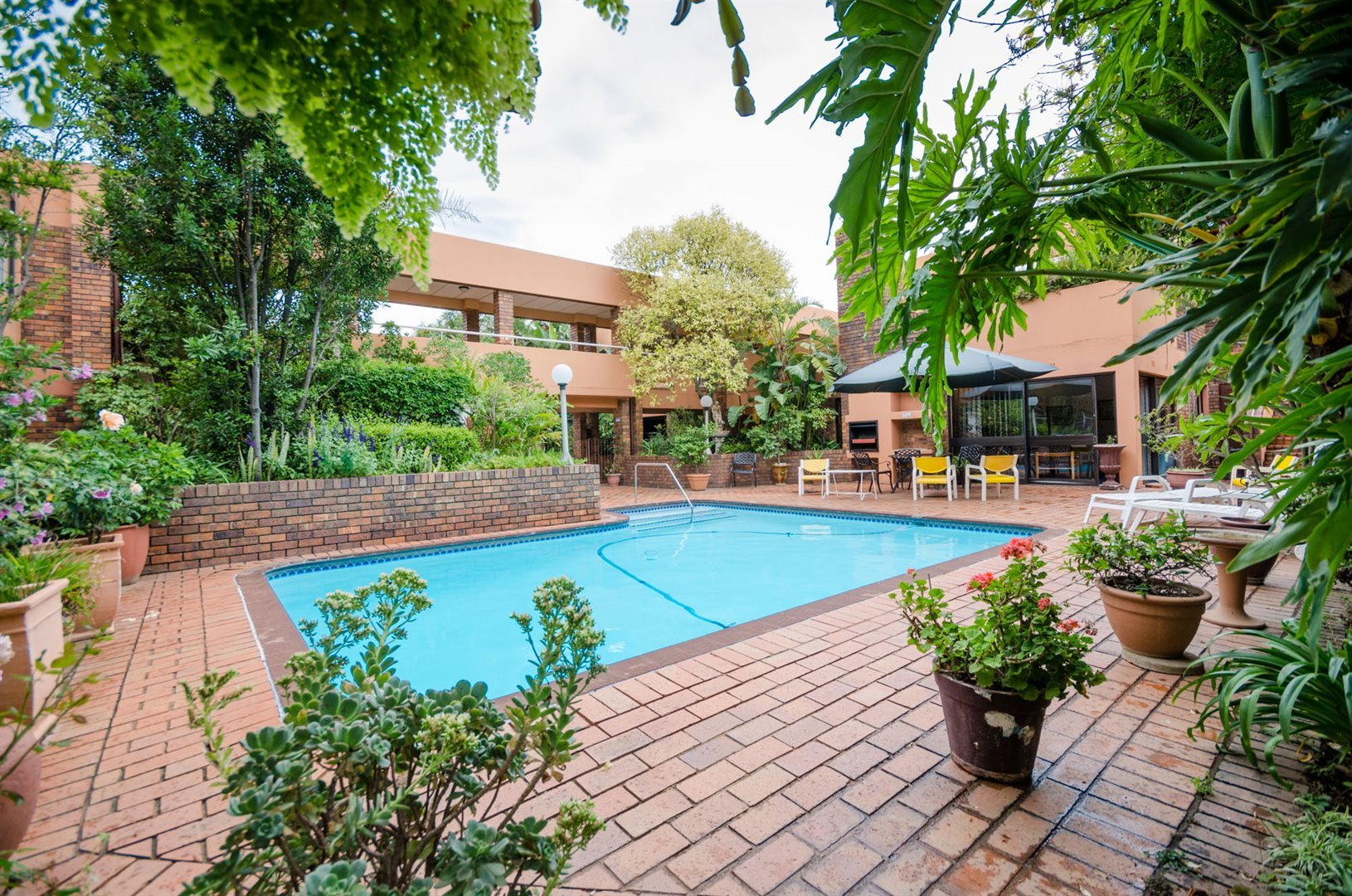 Rosebank property for sale. Ref No: 13526119. Picture no 2