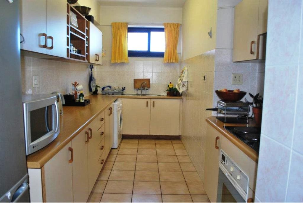 Margate property for sale. Ref No: 12772544. Picture no 2