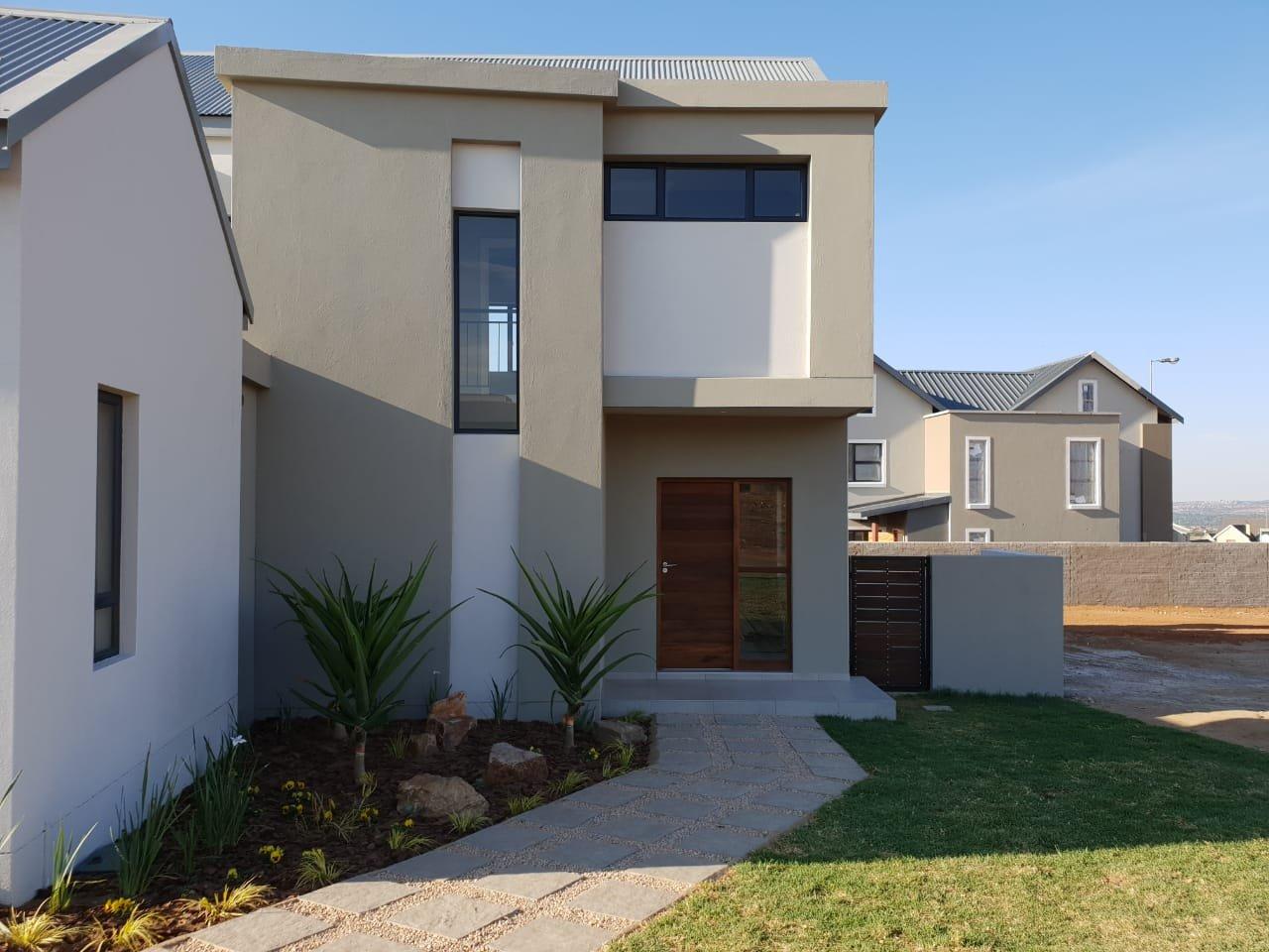 Centurion, Louwlardia Property  | Houses For Sale Louwlardia, Louwlardia, House 3 bedrooms property for sale Price:2,600,000