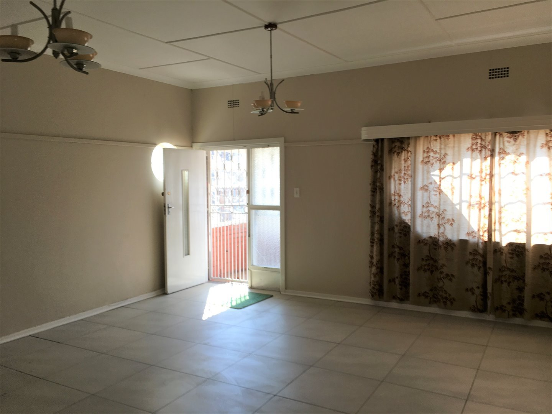 Johannesburg, Norwood Property    Houses To Rent Norwood, Norwood, House 2 bedrooms property to rent Price:, 11,00*