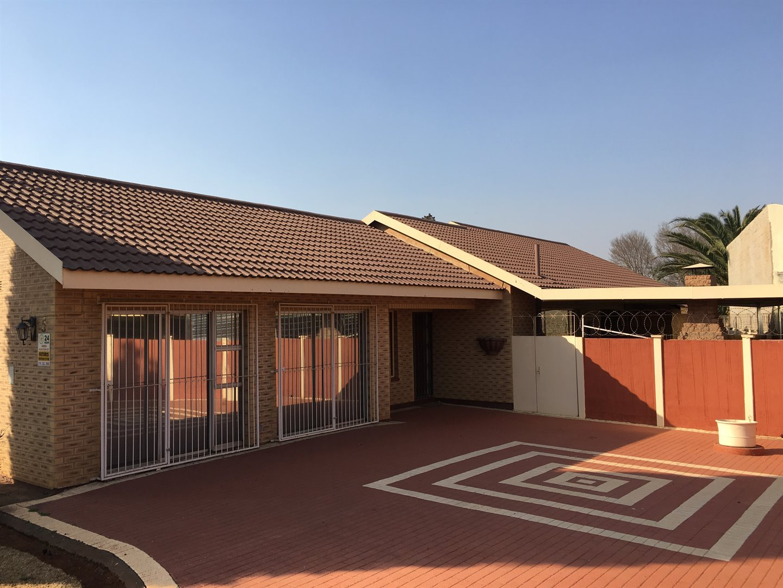 Vereeniging, Unitaspark Property  | Houses For Sale Unitaspark, Unitaspark, House 3 bedrooms property for sale Price:965,000
