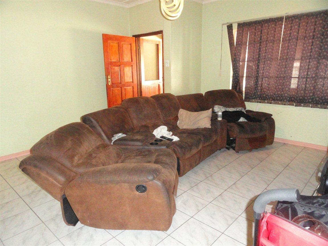 Aquadene property for sale. Ref No: 13329231. Picture no 8