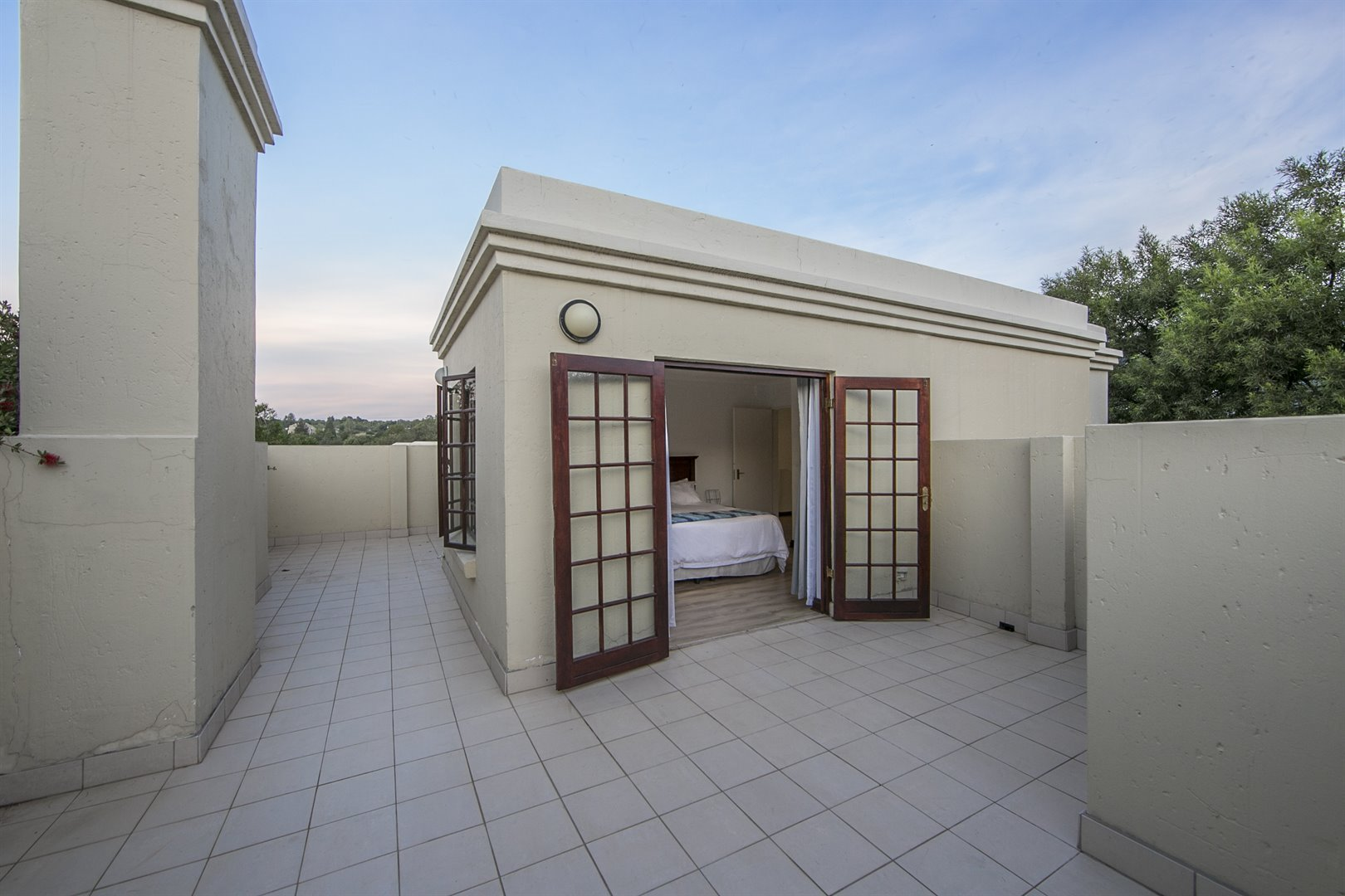Lonehill property for sale. Ref No: 13482733. Picture no 17