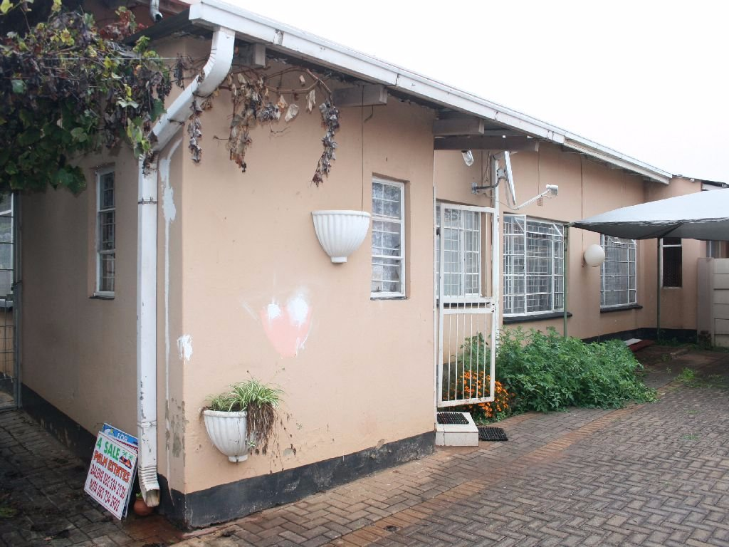 Randfontein, Randfontein Property  | Houses For Sale Randfontein, Randfontein, House 3 bedrooms property for sale Price:820,000