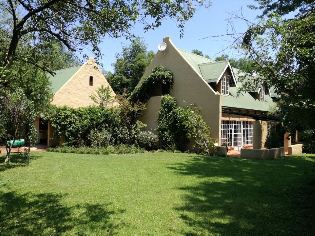 Property and Houses for sale in Roodeplaat, House, 4 Bedrooms - ZAR 2,805,000