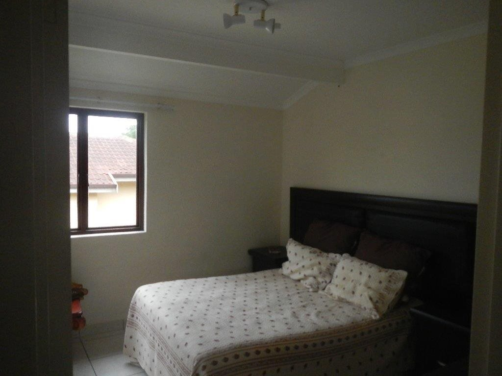 Uvongo property for sale. Ref No: 12790805. Picture no 7