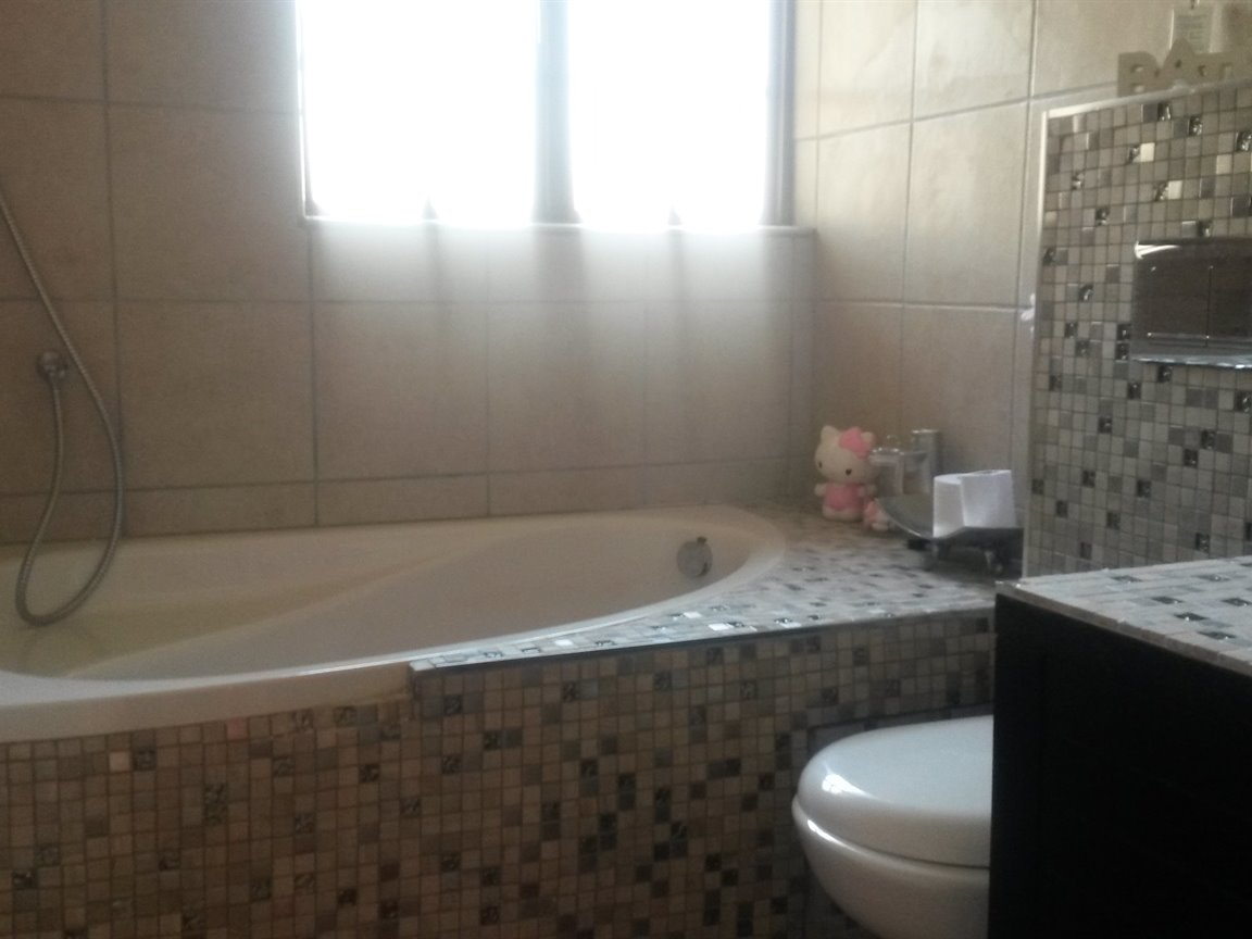 Doringkloof property to rent. Ref No: 13357748. Picture no 21