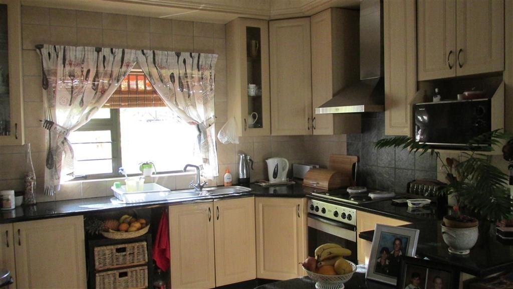 Ramsgate property for sale. Ref No: 13350627. Picture no 5