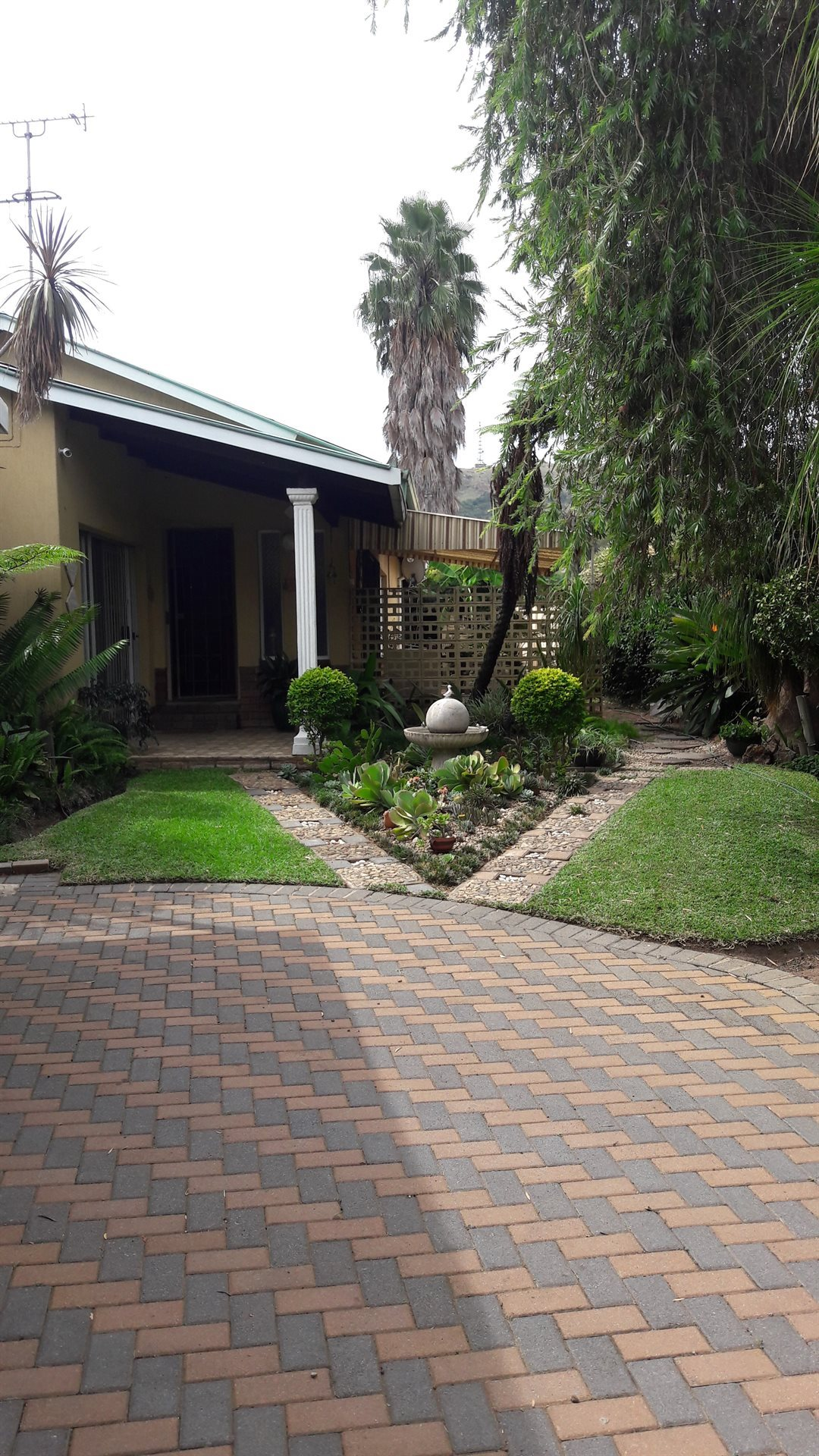 Property and Houses for sale in Pretoria Central, House, 4 Bedrooms - ZAR 1,360,000