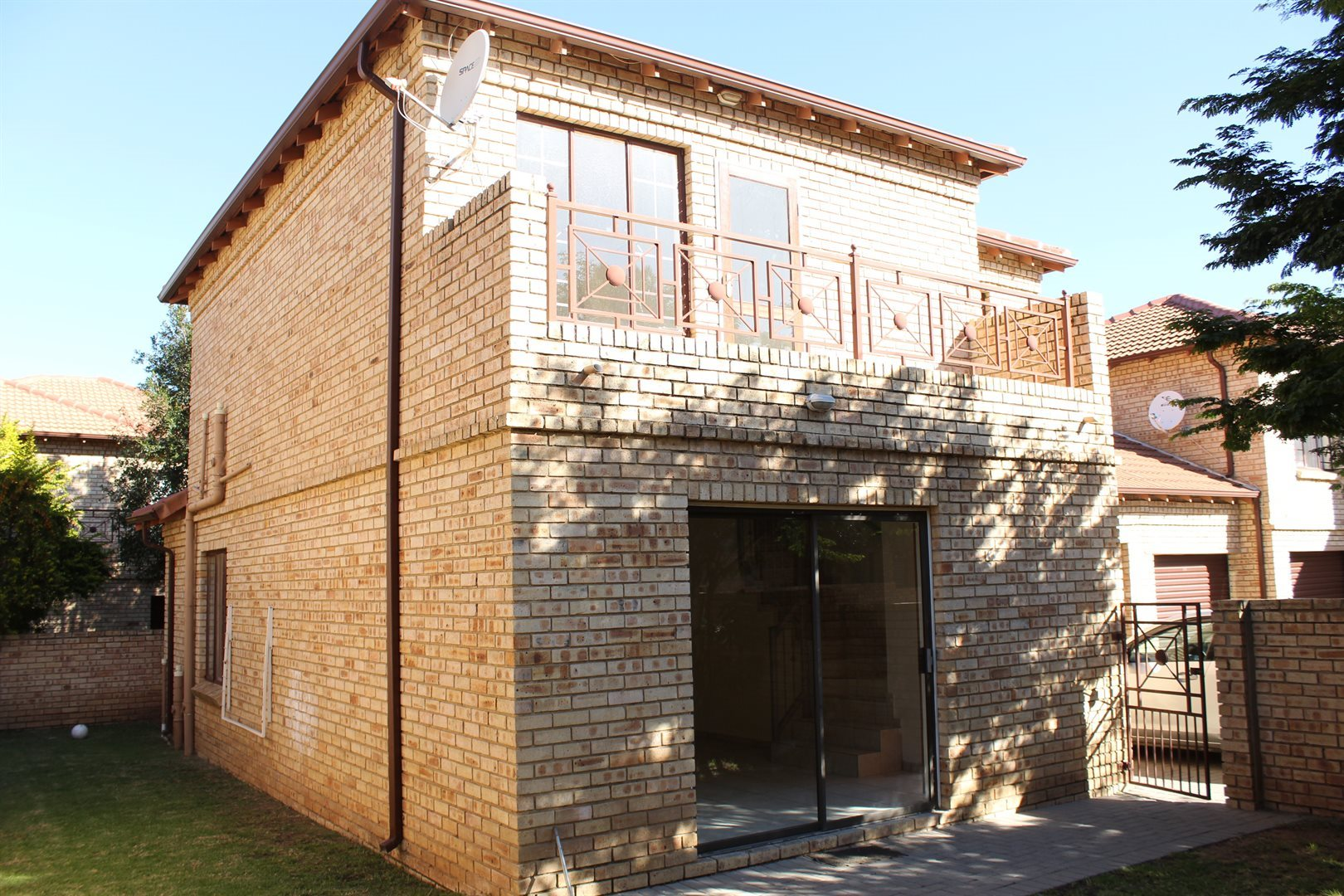 Sandton, Craigavon Property  | Houses To Rent Craigavon, Craigavon, House 3 bedrooms property to rent Price:, 12,00*