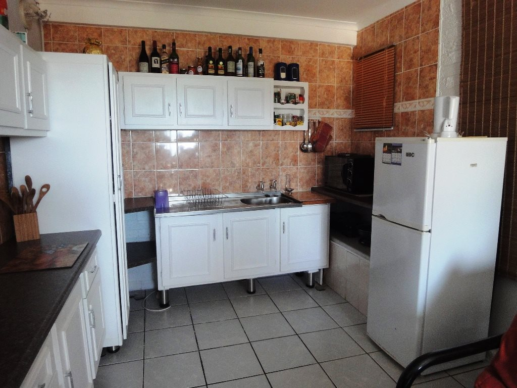 Margate property for sale. Ref No: 12771100. Picture no 8