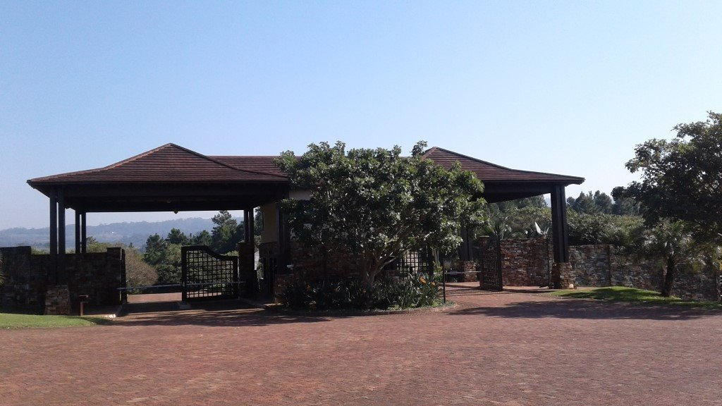 Leisure Bay property for sale. Ref No: 13493228. Picture no 2