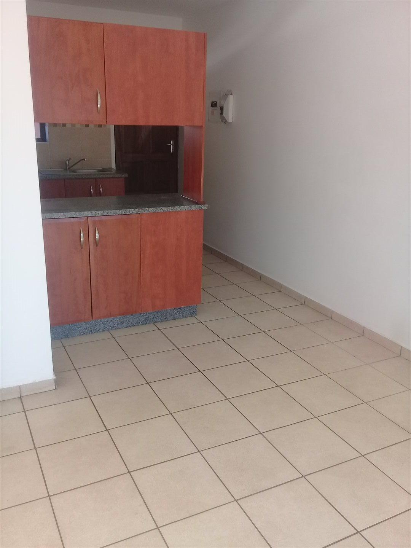 Brackenham property for sale. Ref No: 13528097. Picture no 11