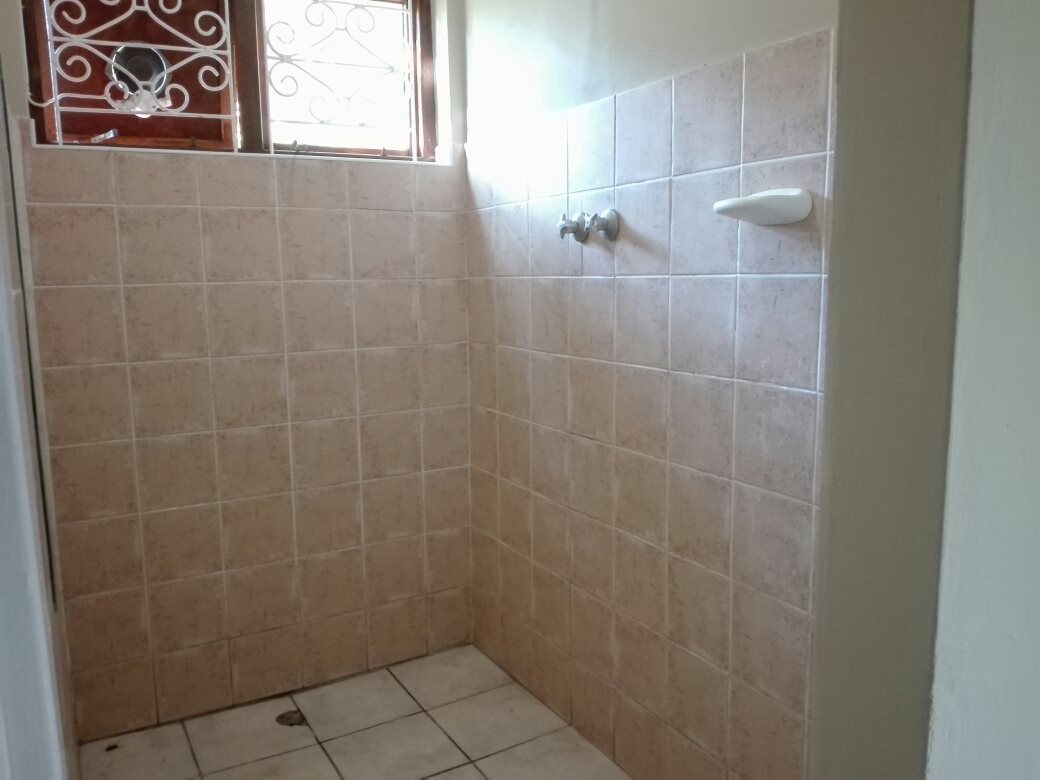 Umtentweni property for sale. Ref No: 13615505. Picture no 16