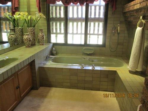 Glenvista property for sale. Ref No: 13525322. Picture no 13