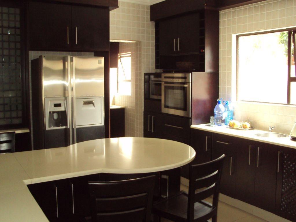 Midstream Estate property for sale. Ref No: 12781454. Picture no 7