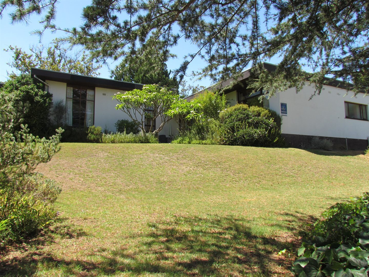 Property and Houses for sale in Uniepark, House, 4 Bedrooms - ZAR 7,950,000