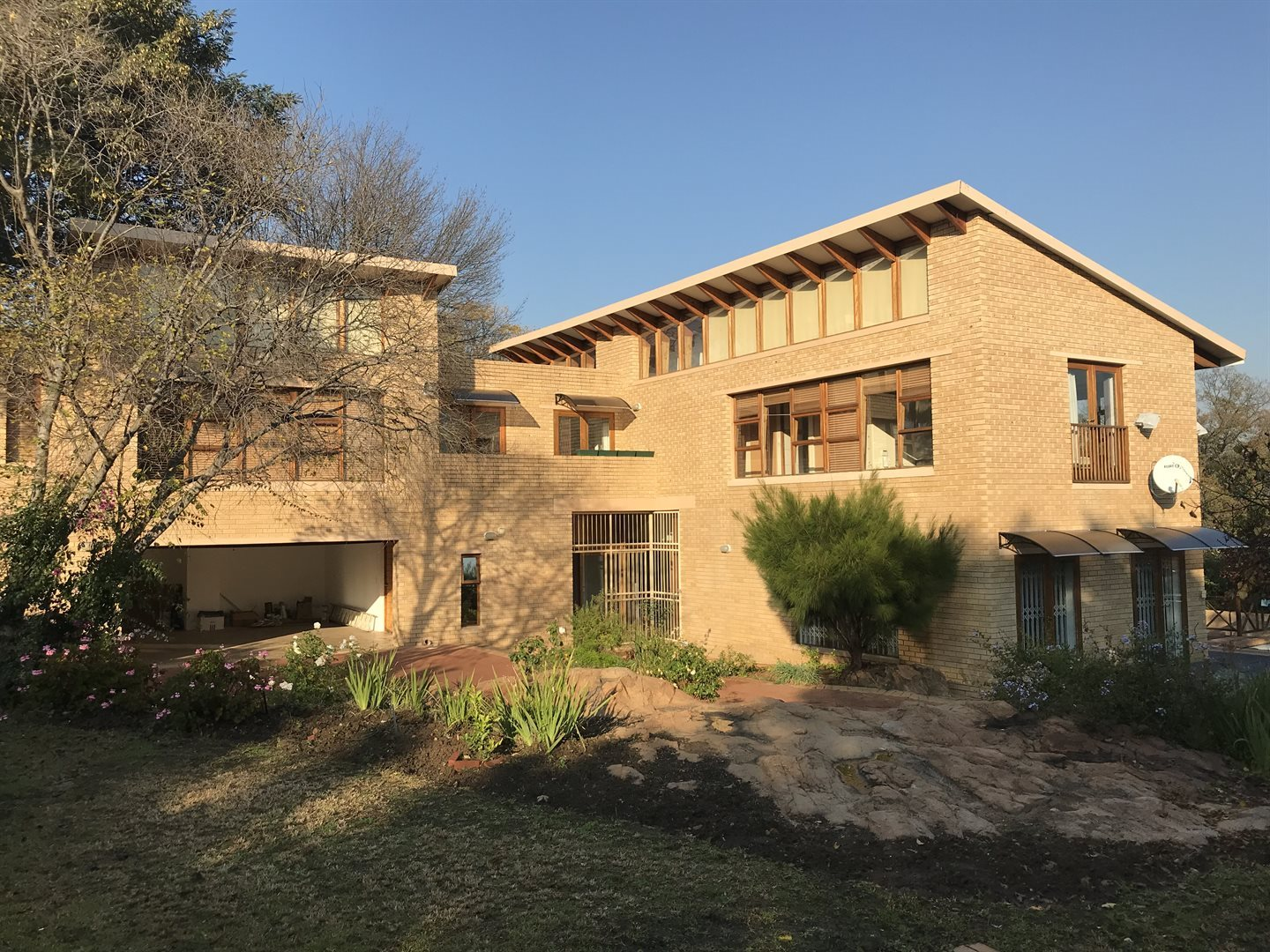 Property and Houses to rent in Morningside Manor, House, 4 Bedrooms - ZAR , 28,00*,M