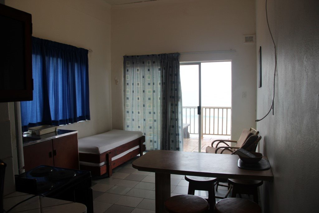 Margate property for sale. Ref No: 13387390. Picture no 16