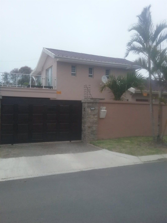 Property for Sale by DLC INC. ATTORNEYS Teresa De La Querra, House, 3 Bedrooms - ZAR 2,195,000