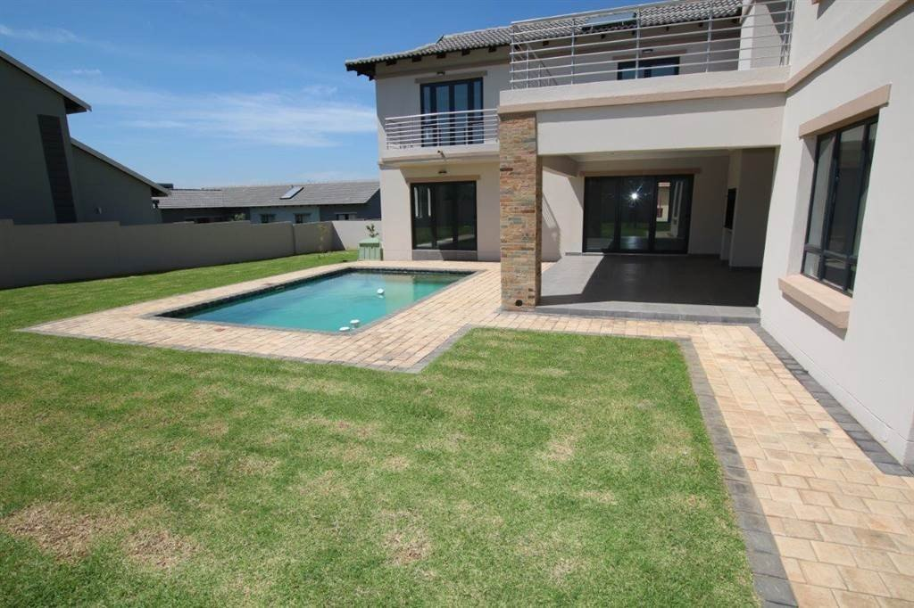 Property and Houses for sale in Midstream Hill, House, 4 Bedrooms - ZAR 4,750,000