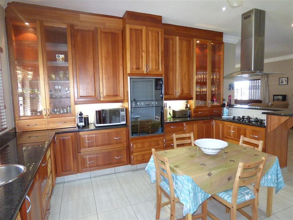 Ramsgate property for sale. Ref No: 12756554. Picture no 6