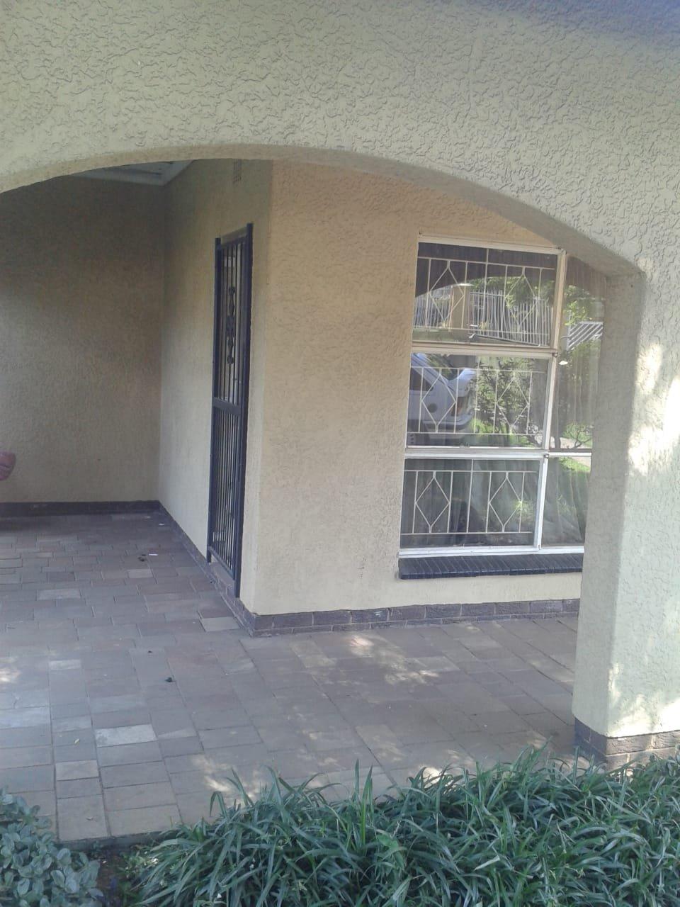 , House, 4 Bedrooms - ZAR 1,350,000