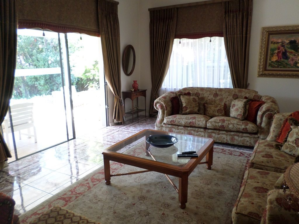 Waterkloof Ridge property for sale. Ref No: 13621937. Picture no 7