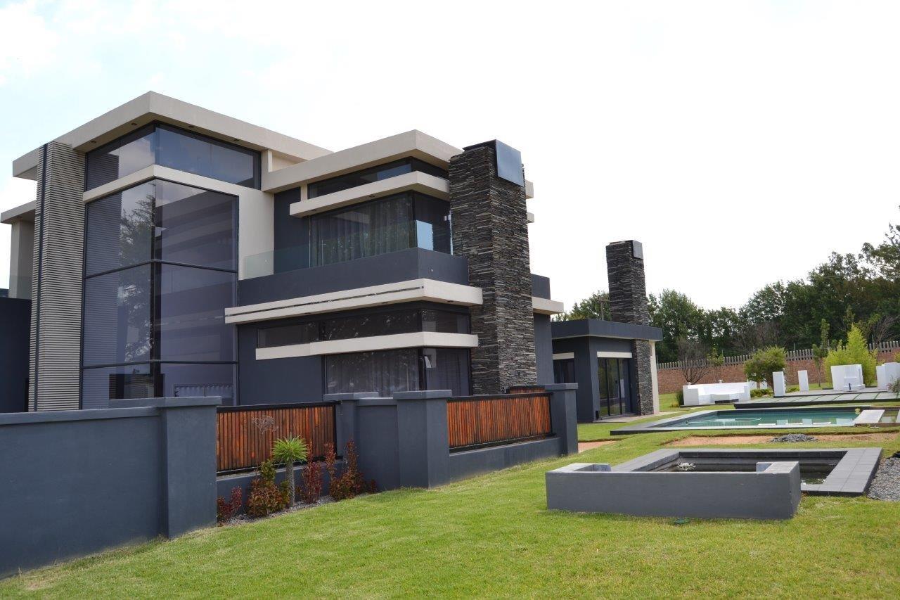 Midstream Hill Estate property for sale. Ref No: 13584239. Picture no 35