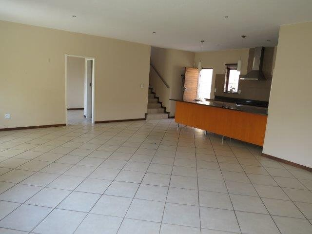 Eldo View for sale property. Ref No: 13548557. Picture no 3