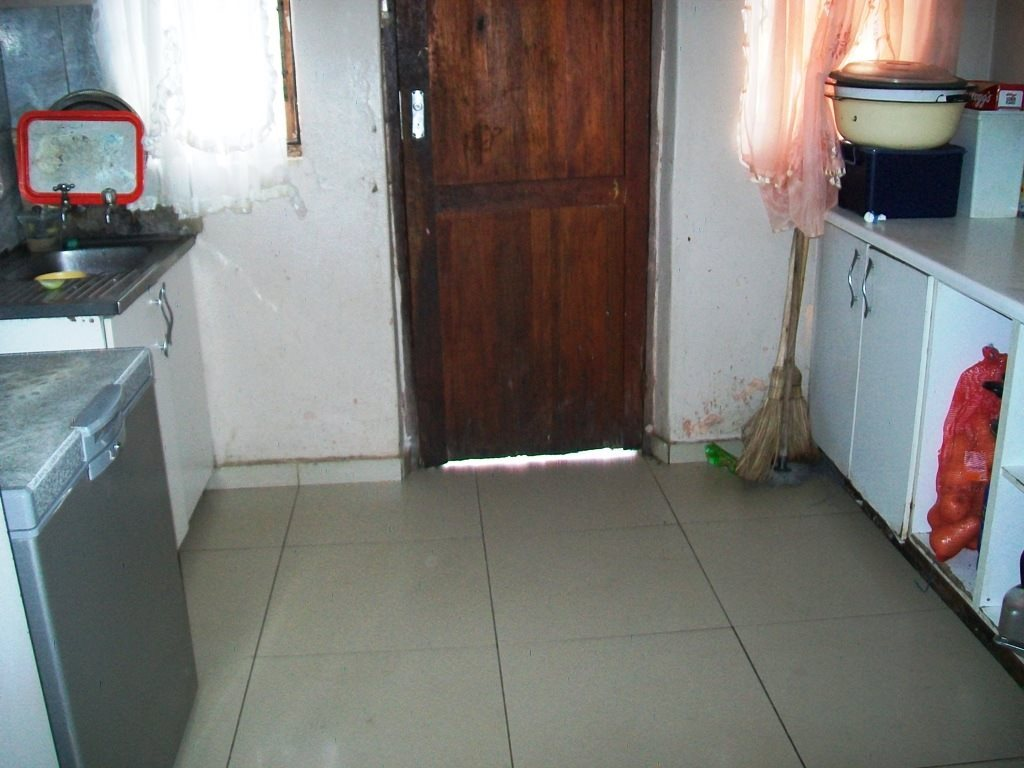 Margate property for sale. Ref No: 13522896. Picture no 4
