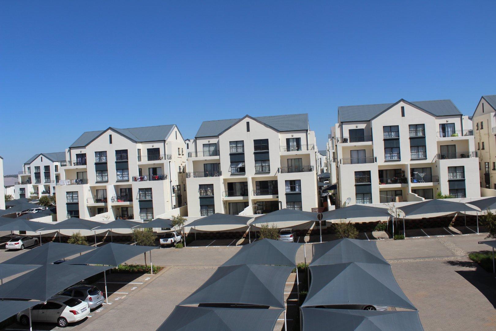 Greenstone Hill, Greenstone Ridge Property  | Houses For Sale Greenstone Ridge, Greenstone Ridge, Apartment 3 bedrooms property for sale Price:1,595,000