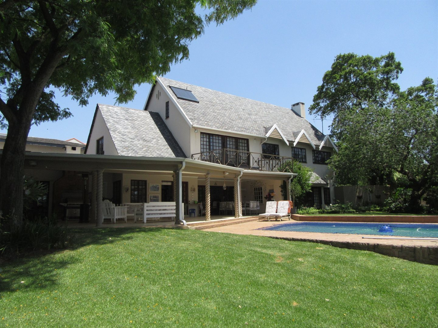 Bryanston property to rent. Ref No: 13553051. Picture no 1