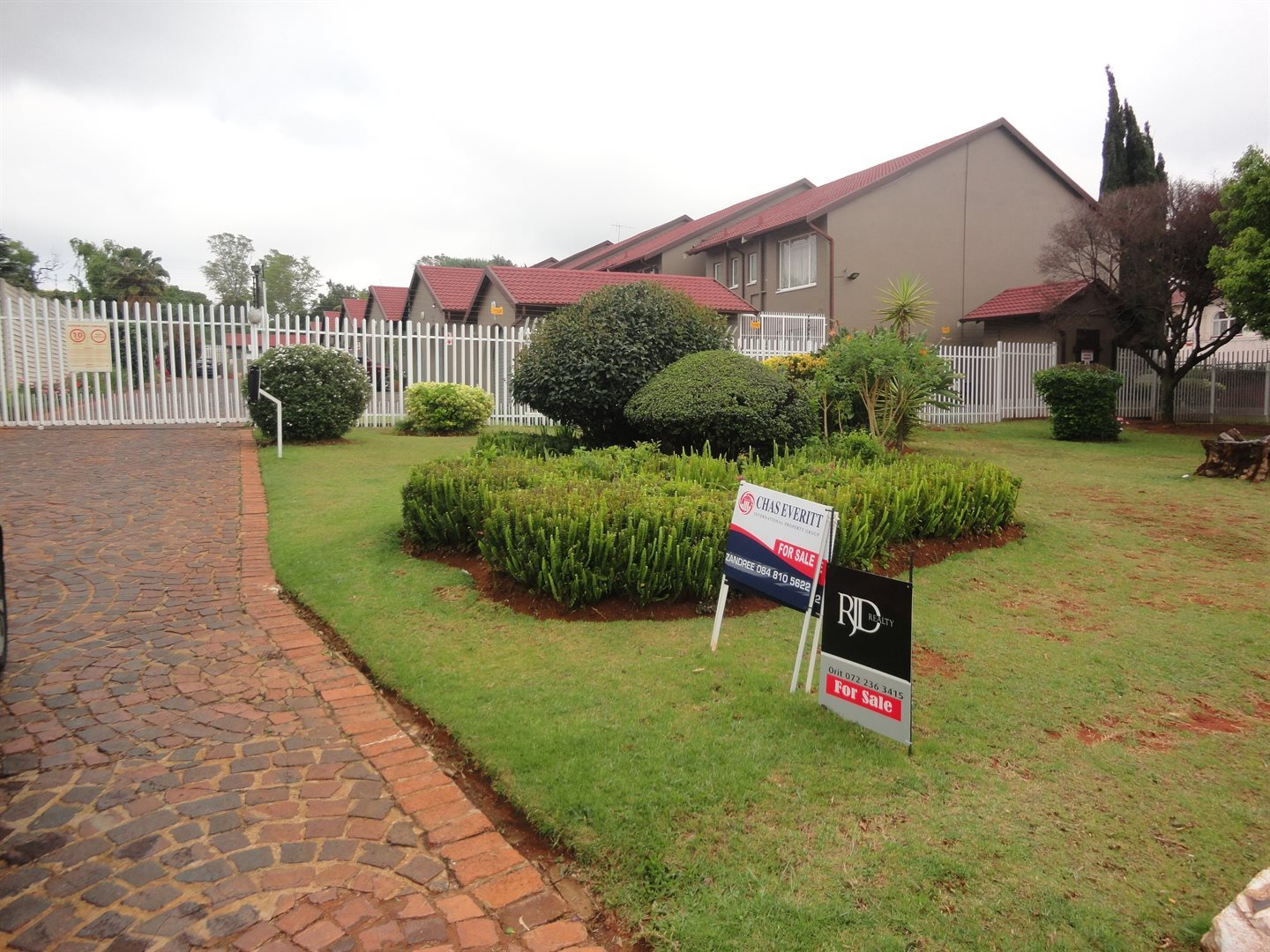 Randburg, Fairland Property  | Houses To Rent Fairland, Fairland, Townhouse 2 bedrooms property to rent Price:,  8,00*