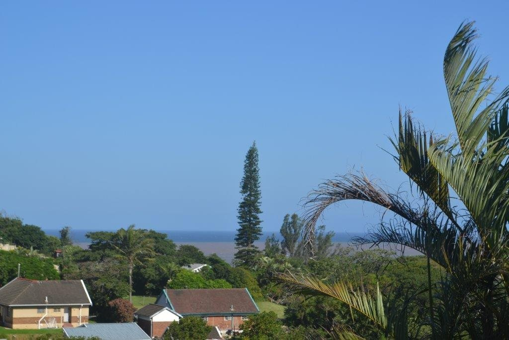 Property and Houses for sale in Port Shepstone, House, 3 Bedrooms - ZAR 1,903,250