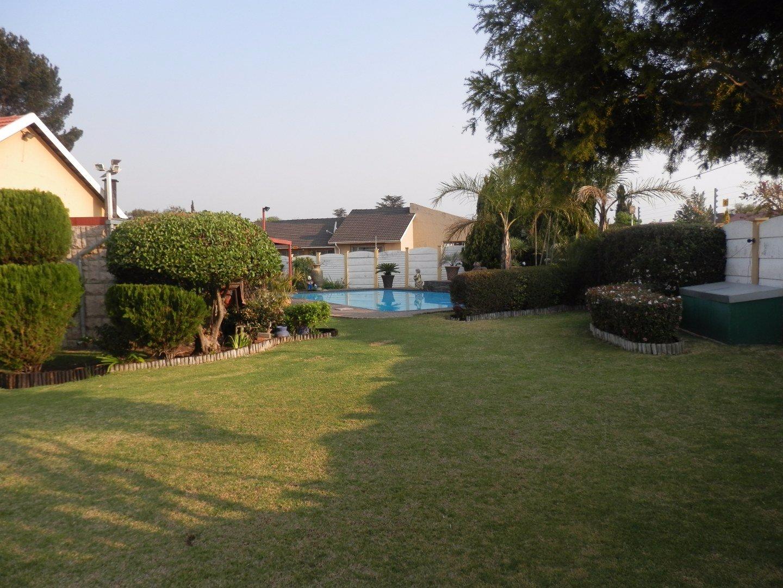 Kibler Park property for sale. Ref No: 13534955. Picture no 3
