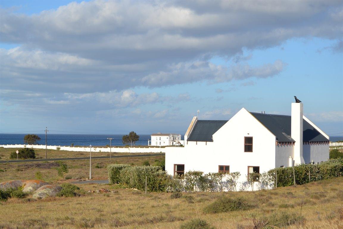 Da Gama Bay property for sale. Ref No: 13249758. Picture no 4