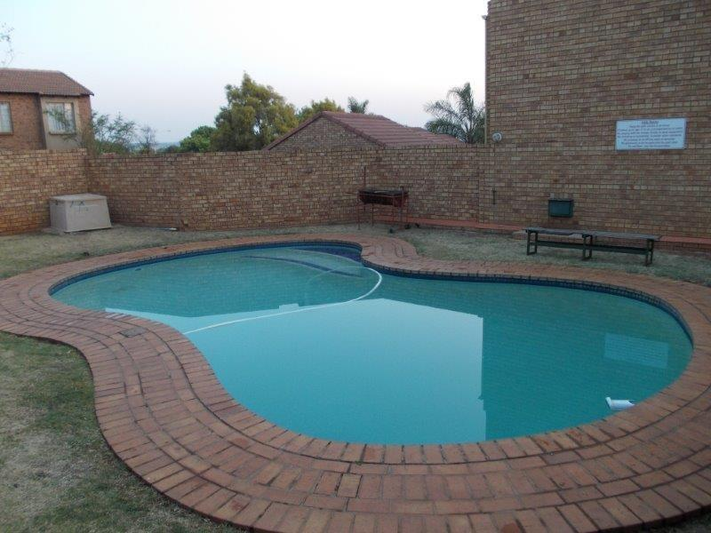 Property and Houses to rent in Gauteng - Page 5, Apartment, 2 Bedrooms - ZAR ,  8,30*,M