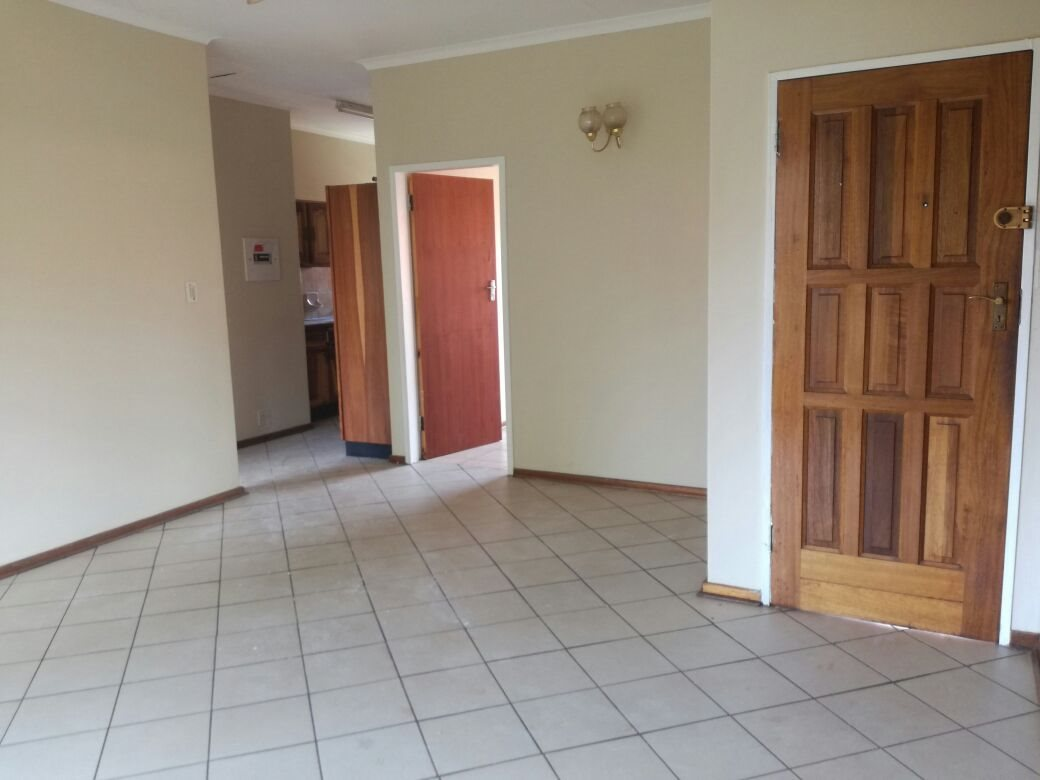 Zwartkop property for sale. Ref No: 13555163. Picture no 11