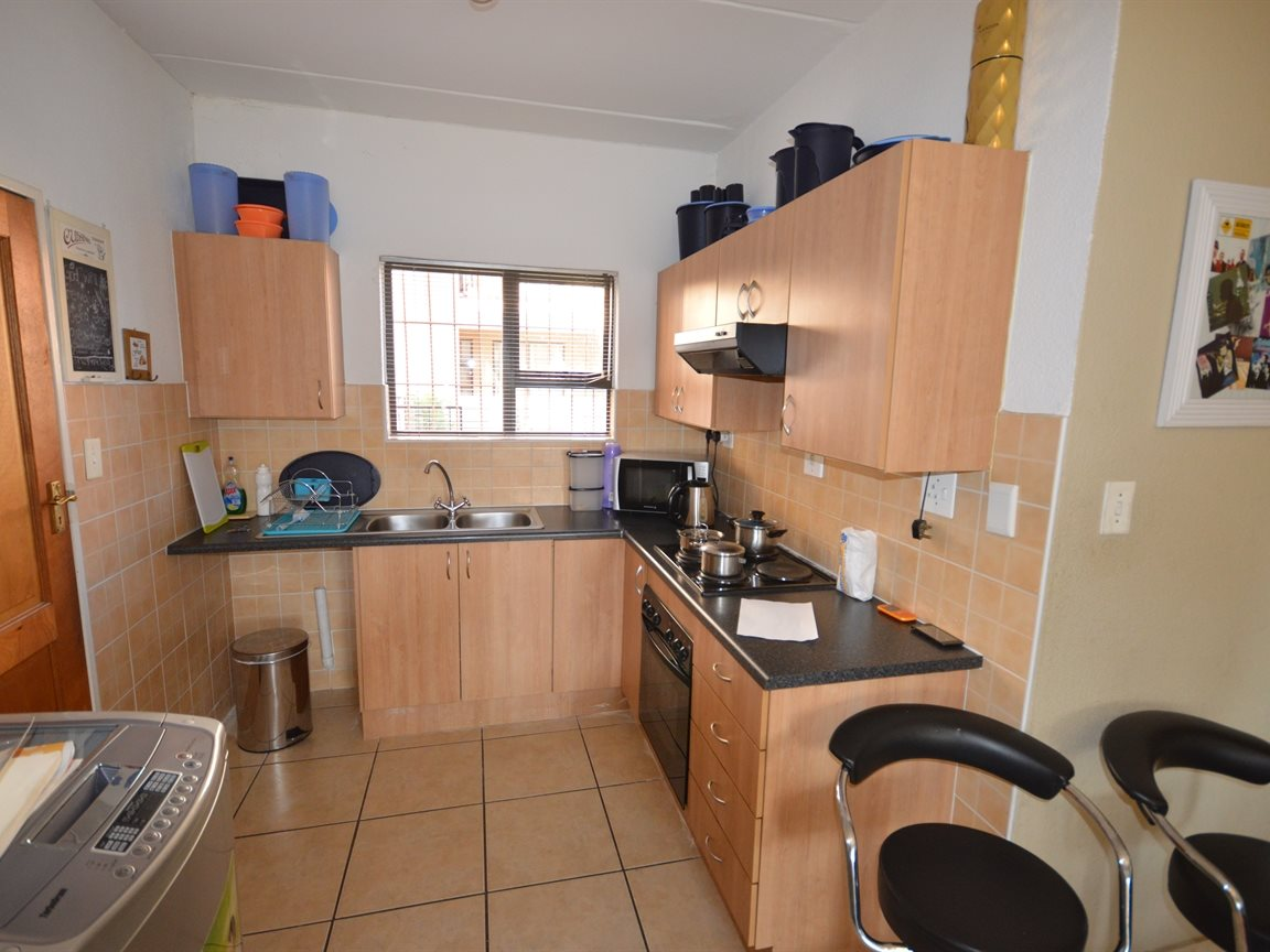 Vanderbijlpark Se9 property for sale. Ref No: 12799356. Picture no 2