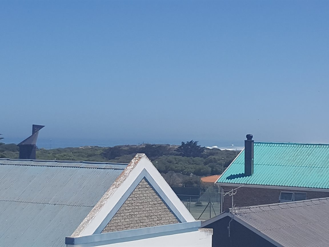 Yzerfontein property for sale. Ref No: 13425267. Picture no 15