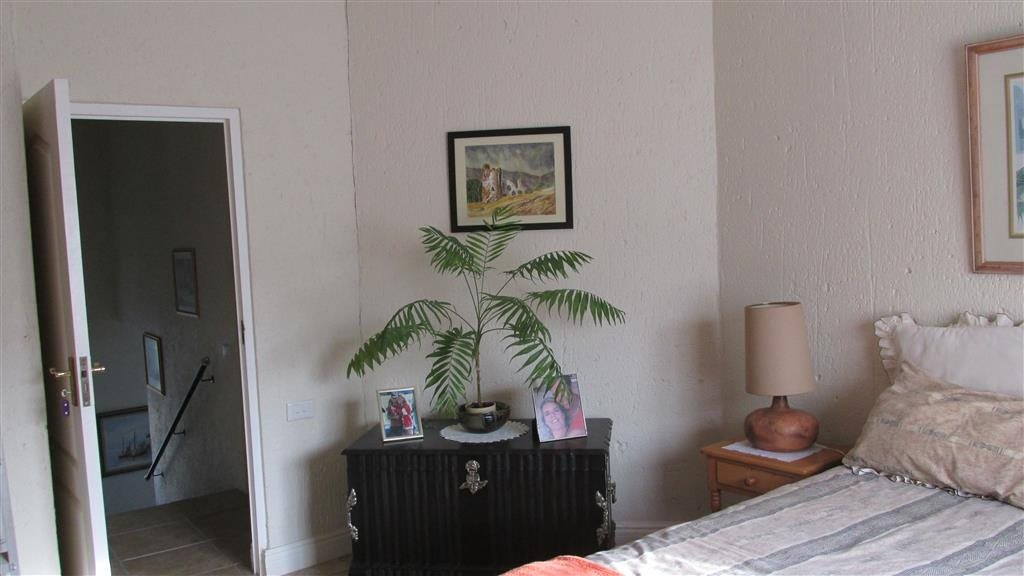 Ramsgate property for sale. Ref No: 13350627. Picture no 10