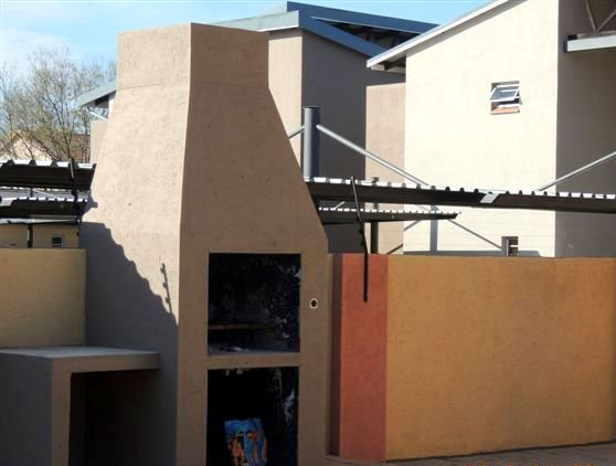 Potchefstroom property for sale. Ref No: 13388038. Picture no 10