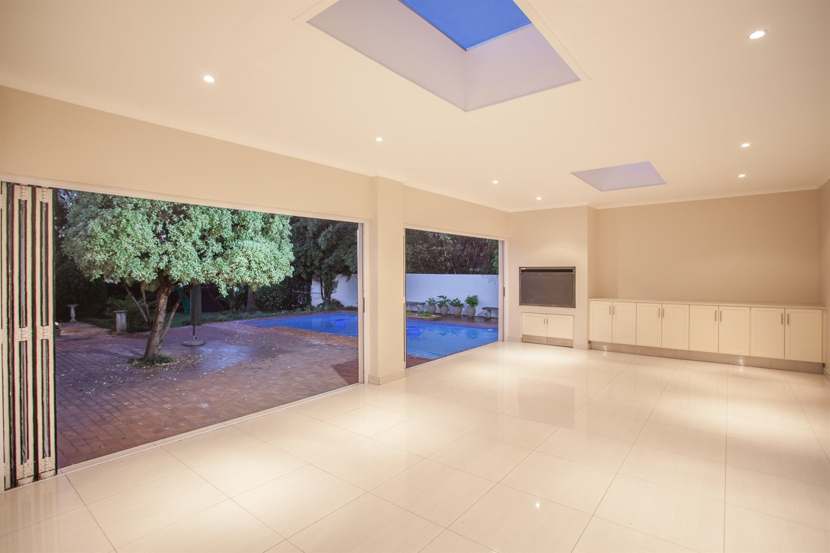 Fourways property for sale. Ref No: 13541531. Picture no 5