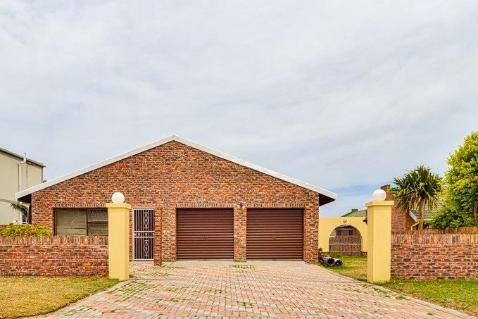 Port Elizabeth, Rowallan Park Property  | Houses For Sale Rowallan Park, Rowallan Park, House 4 bedrooms property for sale Price:980,000