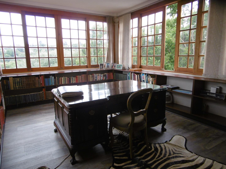 Bryanston property for sale. Ref No: 13443961. Picture no 11