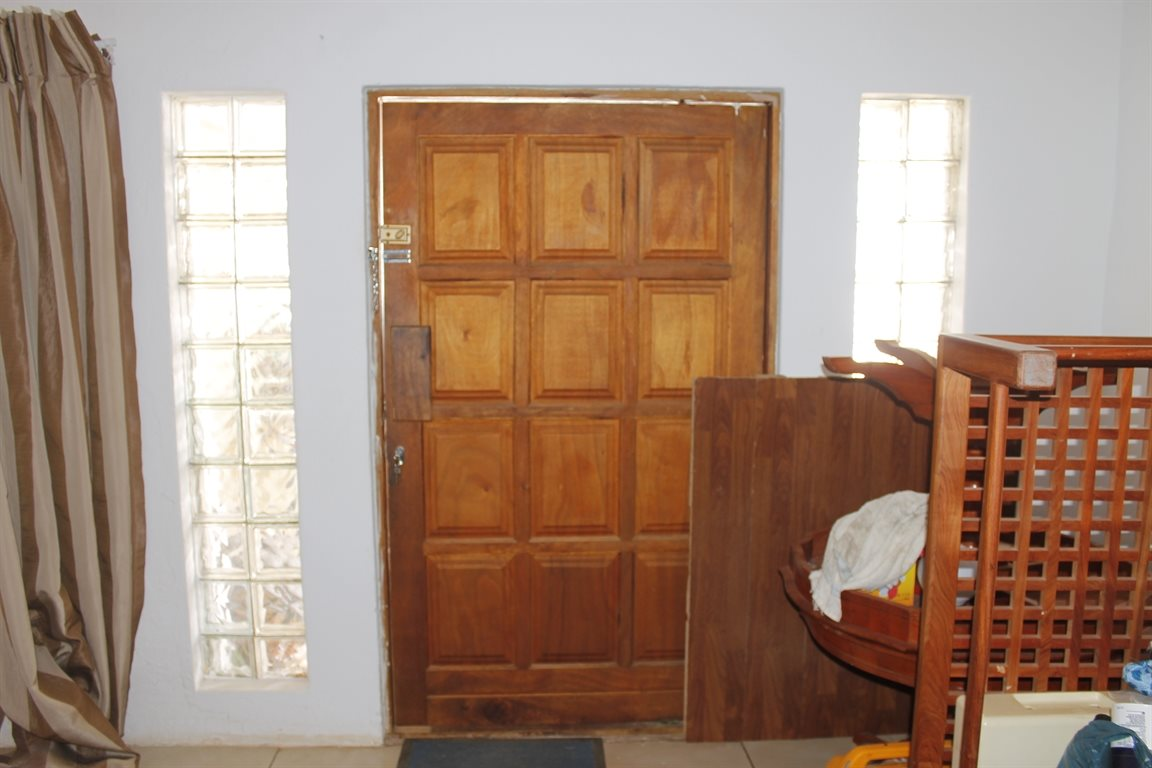 Krugersdorp West property for sale. Ref No: 13394321. Picture no 4