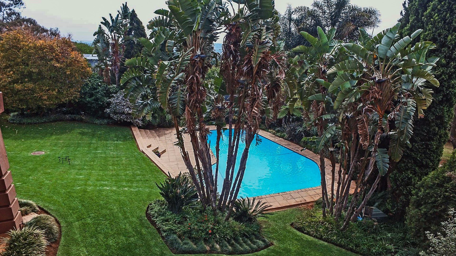 Northcliff property for sale. Ref No: 13537074. Picture no 25